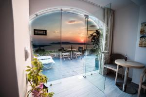 Kratiras View Luxury Suites