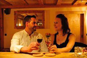Chesa Staila Hotel - B&B, Bed and Breakfasts  La Punt-Chamues-ch - big - 49