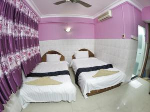 Capitol 3 Guesthouse, Penziony  Phnompenh - big - 19