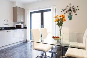 Luxurious Trumpington Townhouse, Apartmány  Cambridge - big - 23