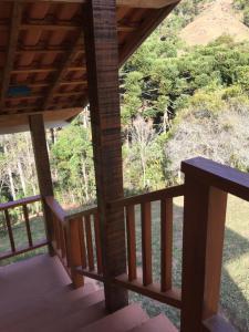 Chalés Vale da Lua, Lodges  Gonçalves - big - 19