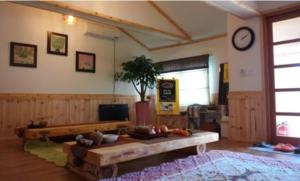Baggrae Pension, Holiday homes  Seogwipo - big - 4