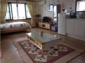 Baggrae Pension, Holiday homes  Seogwipo - big - 19