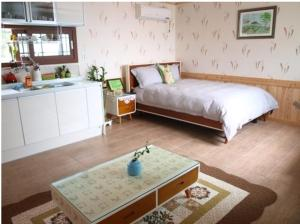 Baggrae Pension, Holiday homes  Seogwipo - big - 11