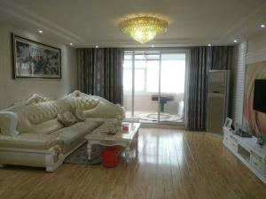Golden Beach Beer City Apartment, Апартаменты  Huangdao - big - 7