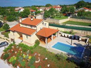 Villa Nona Nina, Villen  Tinjan - big - 38