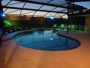 Four-Bedroom Hidden Paradise Villa, Villas  Orlando - big - 1