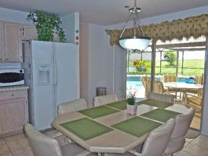 Four-Bedroom Hidden Paradise Villa, Vily  Orlando - big - 24
