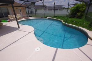 Four-Bedroom Hidden Paradise Villa, Vily  Orlando - big - 33