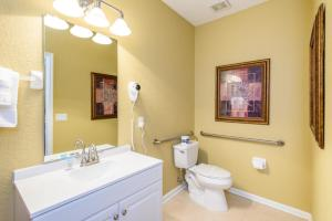 Three-Bedroom TidecreStreetVilla #4004, Villas  Orlando - big - 40