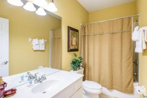Three-Bedroom TidecreStreetVilla #4004, Vily  Orlando - big - 16