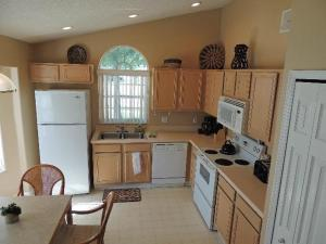 Three-Bedroom Safari Lodge Villa, Villas  Orlando - big - 7