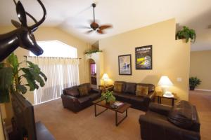 Three-Bedroom Safari Lodge Villa, Villas  Orlando - big - 4