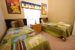 Three-Bedroom Safari Lodge Villa, Villas  Orlando - big - 21