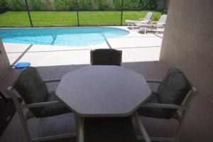 Three-Bedroom Safari Lodge Villa, Villas  Orlando - big - 12