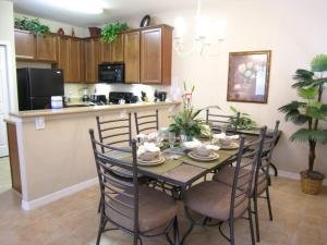 Two-Bedroom Oak Villa #73, Villen  Orlando - big - 12
