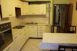 Апартаменты из 4-х комнат, Apartmány  Astana - big - 4