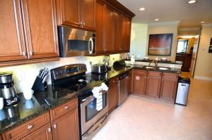 Three-Bedroom Apartment #7468, Apartmanok  Orlando - big - 2