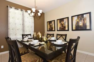 Five-Bedroom Comrow Villa #7742, Vily  Orlando - big - 17