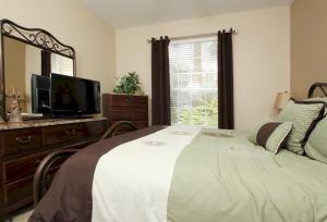 Three-Bedroom Santa Cruz Apartment, Apartmány  Orlando - big - 22