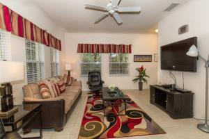 Four-Bedroom Yellow Villa #3000, Villák  Orlando - big - 9