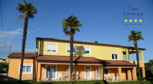 San Lorenzo Apartments, Penziony  Lovrečica - big - 1