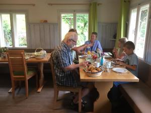 Frühstückspension Gsenger, Penzióny  Ramsau am Dachstein - big - 98