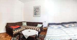 Sanmari apartment