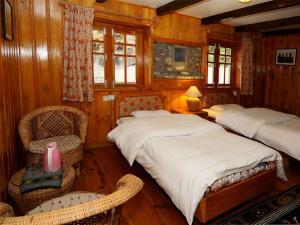 Yeti Mountain Home, Phakding