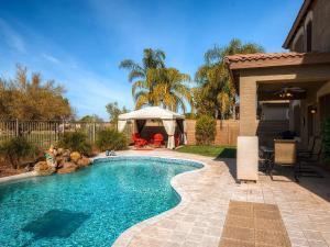 Via Del Rancho Home, Holiday homes  Queen Creek - big - 6