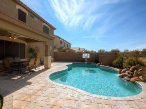 Via Del Rancho Home, Holiday homes  Queen Creek - big - 3