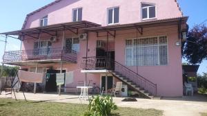 Гостевой дом На ул. Братьев Эзугбая 26 - фото 4