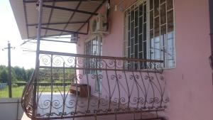 Гостевой дом На ул. Братьев Эзугбая 26 - фото 3