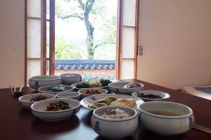 Okyeon Jeongsa, B&B (nocľahy s raňajkami)  Andong - big - 30