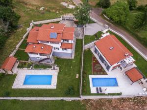 Villa Sol Anima, Vily  Tinjan - big - 35