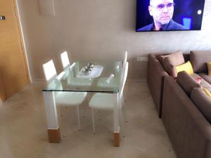 Appartement Hivernage B4, Apartmány  Agadir - big - 24