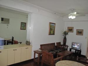 Makati Suites at Travelers Inn, Apartmánové hotely  Manila - big - 53