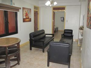Makati Suites at Travelers Inn, Apartmánové hotely  Manila - big - 52