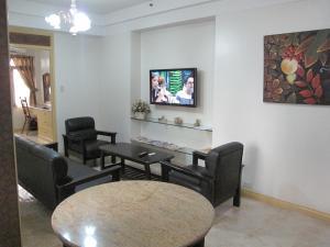 Makati Suites at Travelers Inn, Apartmánové hotely  Manila - big - 42