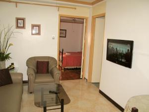 Makati Suites at Travelers Inn, Apartmánové hotely  Manila - big - 40