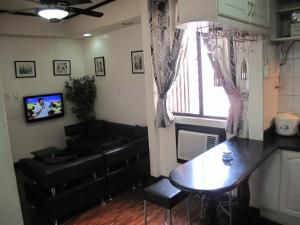 Makati Suites at Travelers Inn, Apartmánové hotely  Manila - big - 41