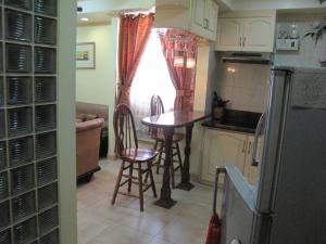 Makati Suites at Travelers Inn, Apartmánové hotely  Manila - big - 38