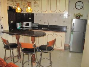 Makati Suites at Travelers Inn, Apartmánové hotely  Manila - big - 48