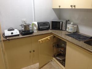 Makati Suites at Travelers Inn, Apartmánové hotely  Manila - big - 54