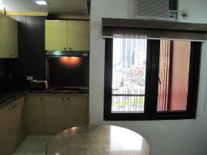 Makati Suites at Travelers Inn, Apartmánové hotely  Manila - big - 23