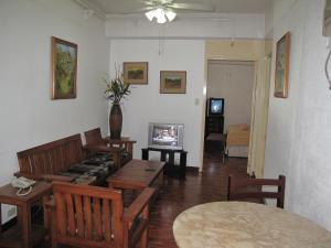 Makati Suites at Travelers Inn, Apartmánové hotely  Manila - big - 26