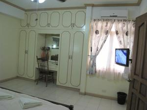 Makati Suites at Travelers Inn, Apartmánové hotely  Manila - big - 96