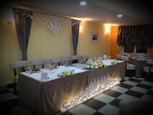 AMBER Hotel & Cafe, Hotely  Bohorodchany - big - 52