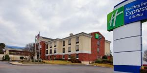 Holiday Inn Express North Tyler, Отели  Tyler - big - 13