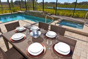 Solterra Resort #230758 Home, Ferienhäuser  Davenport - big - 10